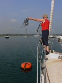 mooring the yacht to the buoy